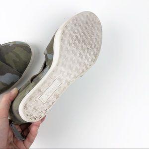 bcd7349e439 Linea Paolo Shoes - Línea Paolo Faith Camo Suede Wedge Size 7.5